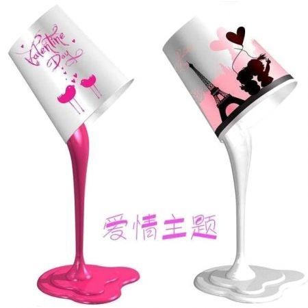 Светильник вытекающая розовая краска