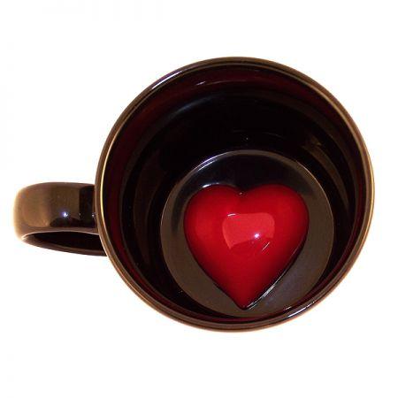 Кружка с сердечком внутри