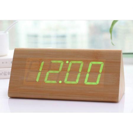 Часы-будильник Пирамида 21 цвет бамбук зеленые цифры