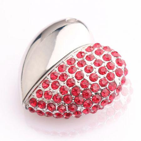 """Флешка """"Сердце"""" 16 Гб с красными стразами подарочная ювелирная"""