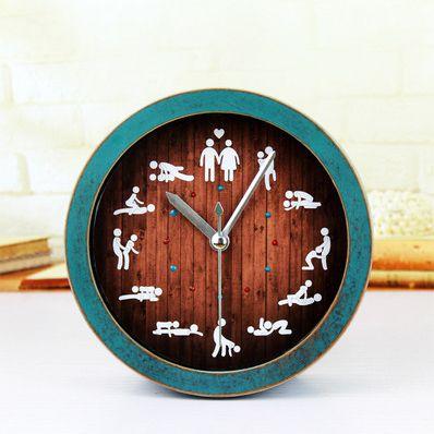 """Часы """"Камасутра"""" настольные дерево с голубой рамкой 12 см"""