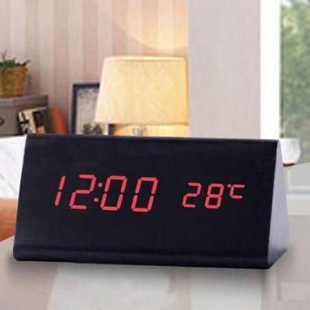 """Часы-будильник """"Пирамида"""" 15 см с термометром черное дерево красные цифры зв. активация"""