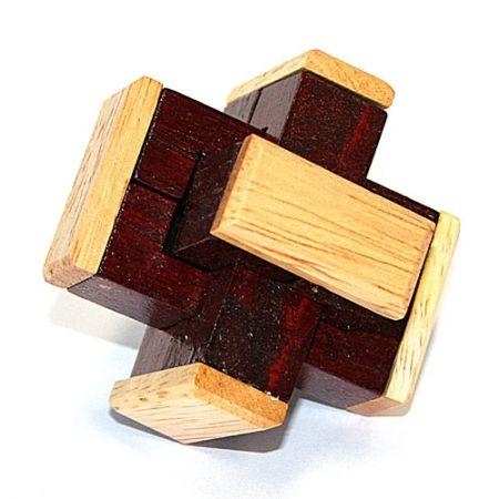 Головоломка деревянная в картонной коробке К24