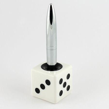 Ручка на подставке Кубик